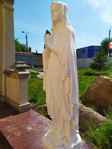 Статуя Богородицы. Производство статуй Святых в Киеве для сада, террас и парковых аллей.