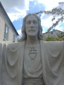 Высота статуи - 200 см. Новая скульптура Иисуса Христа. Заказать скульптуру Иисуса Христа - можно с сайта: https://jantar.kiev.ua
