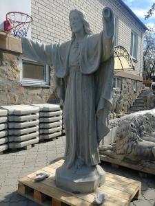 Технология изготовления скульптуры - включает изготовление каркаса статуи Иисуса, её армирование и формовку скульптуры.