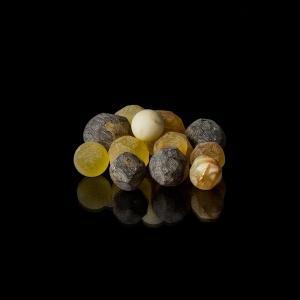 Сувенир янтарные шары
