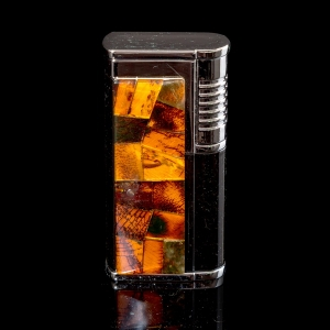 Зажигалка в янтаре