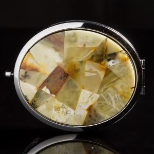 Зеркало из янтаря