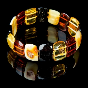 Янтарные браслеты купить для восстановления  здоровья.