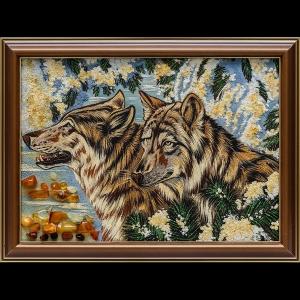 Янтарная картина волки
