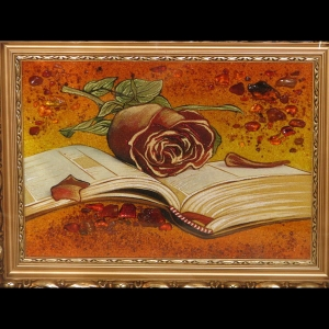 Картина натюрморт с розой из янтаря