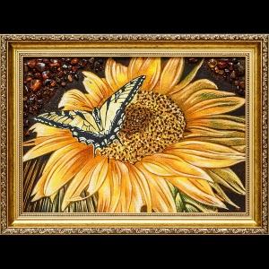 Картина из янтаря натюрморт с цветами. Янтарная картина: Бабочка на цветке
