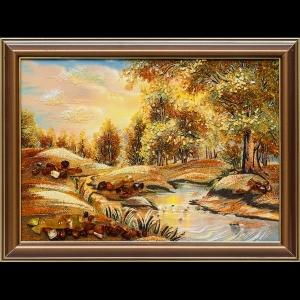 Картина из янтаря озеро в лесу
