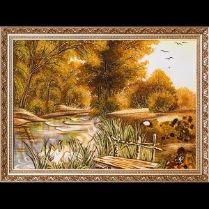 Янтарная картина: Озеро в лесу.