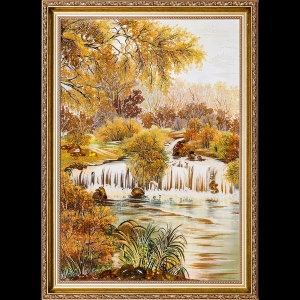 Янтарная картина: Водопад в лесу.