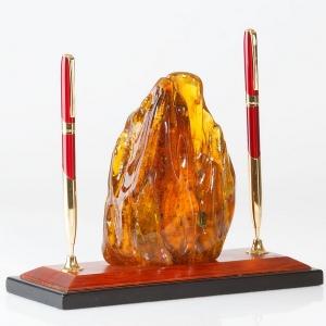 Настольный сувенир из янтаря. Гарнитур с натуральным камнем янтаря.