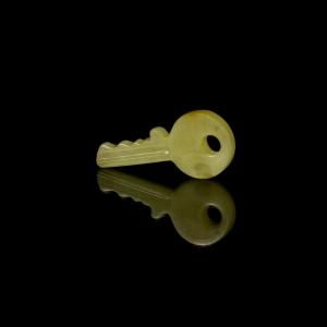 Ключик из янтаря
