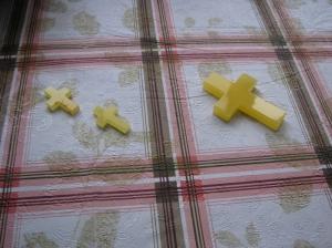Крест из янтаря