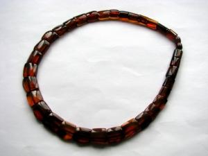 Бусы и ожерелья