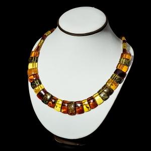 Ново изготовленные ожерелья