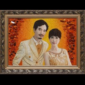 Портрет из янтаря семейной пары