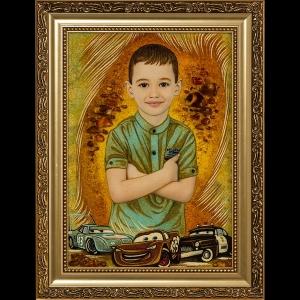 Портрет ребёнка в янтаре